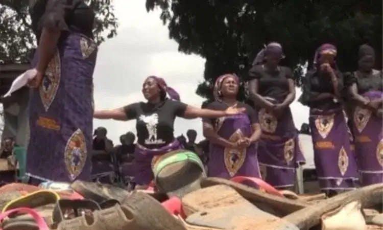 Mais 28 estudantes são libertos na Nigéria